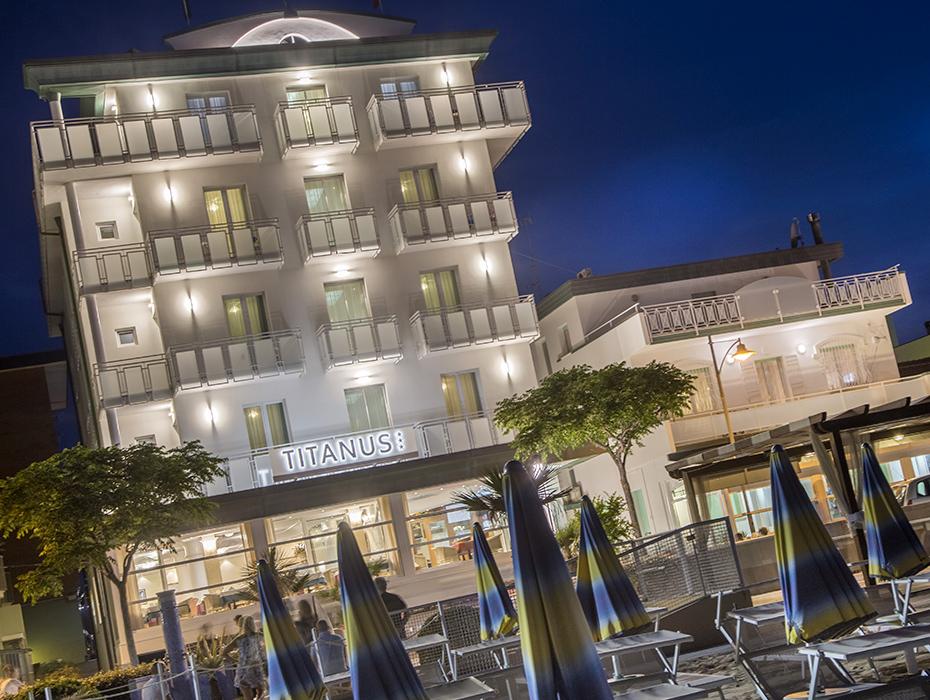 Hotel a due passi dal mare Bellaria Igea Marina | Hotel Titanus